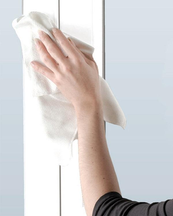 windows and doors cleaning- تعمیر و نگهداری در و پنجره های UPVC و آلومینیومی