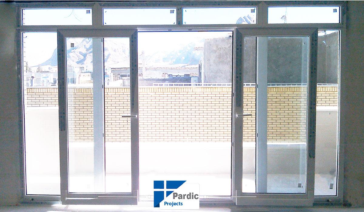 در و پنجره یوپی وی سی فولکس واگن-وینتک-ویستابست-رها-الومینیوم گلوب آلوم